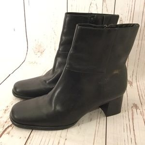 Easy Spirit Boots 7 1/2 Black Leather